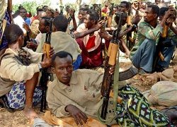 Picture of men with guns in Somalia